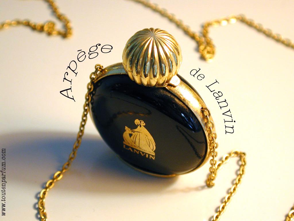perfume review golden light wood